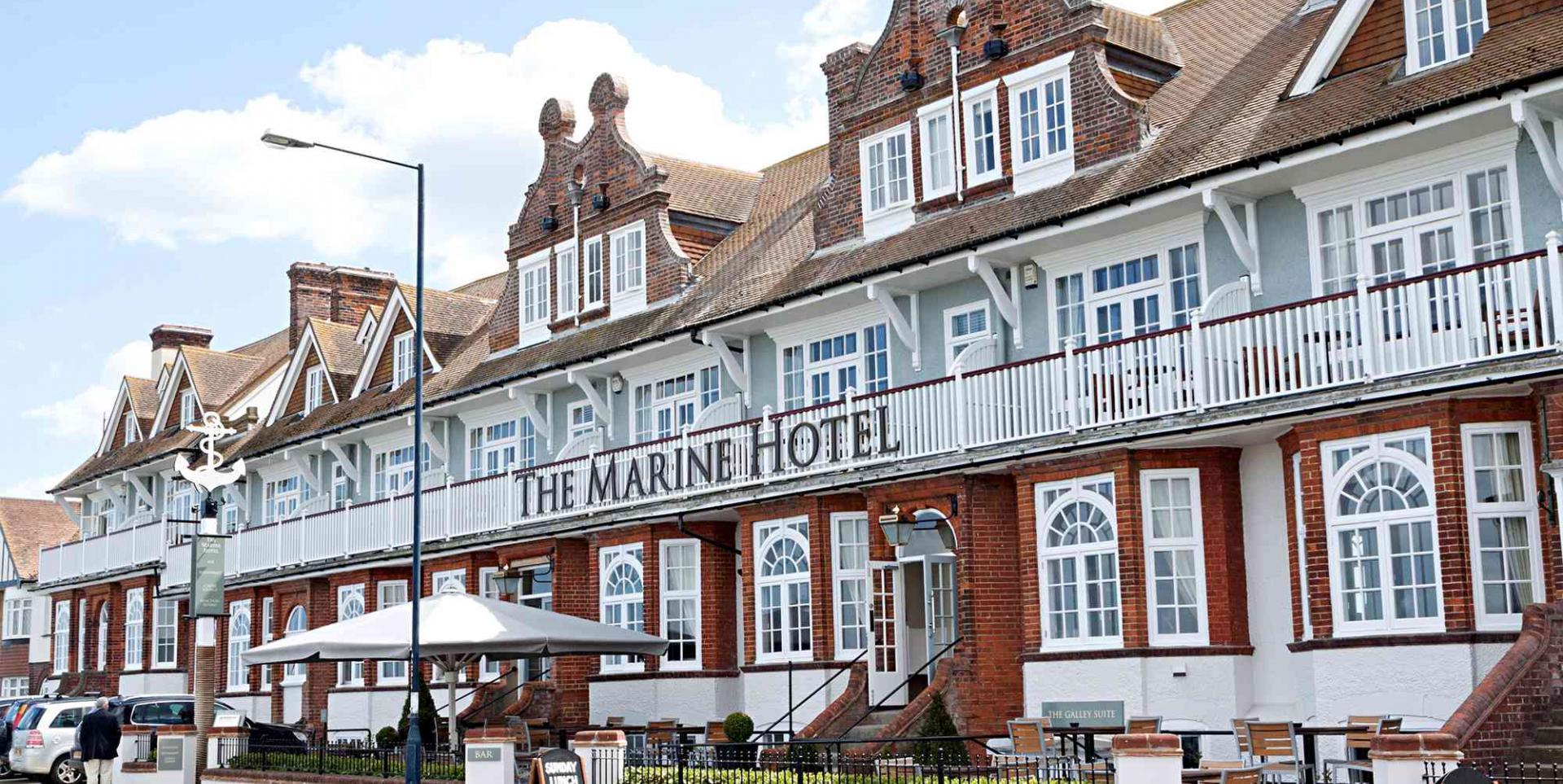 Steelasophical Steel Band Marine Hotel